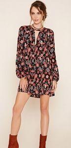 Woven Shift Dress featuring a Paisley Design